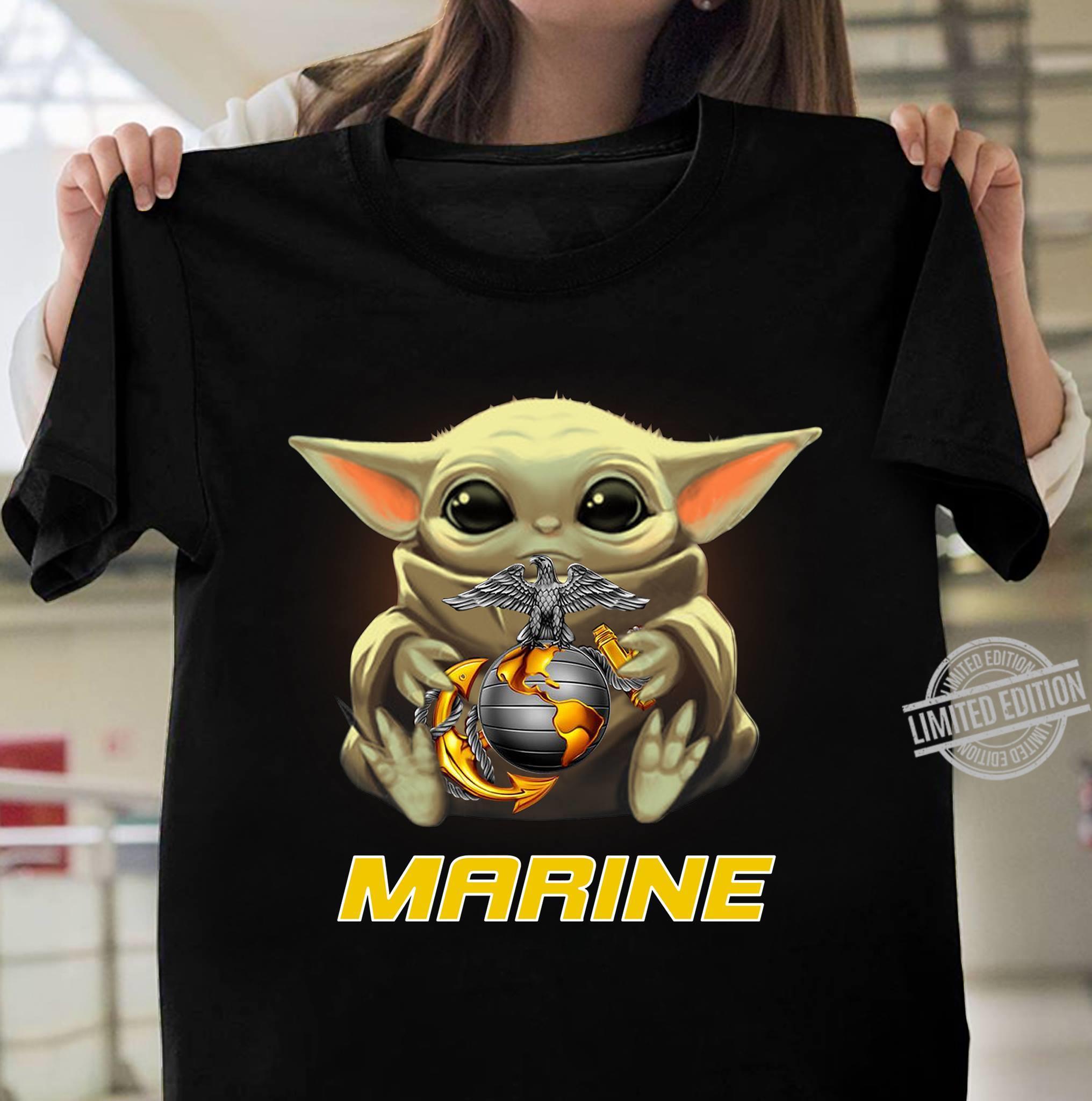 Baby Yoda And Marine Men T-Shirt