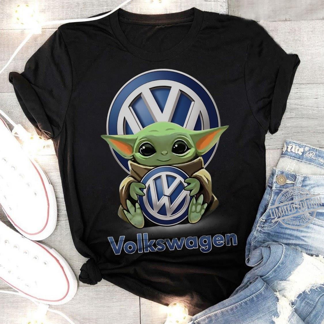 Baby Yoda Hug Volkswagen Men T-Shirt