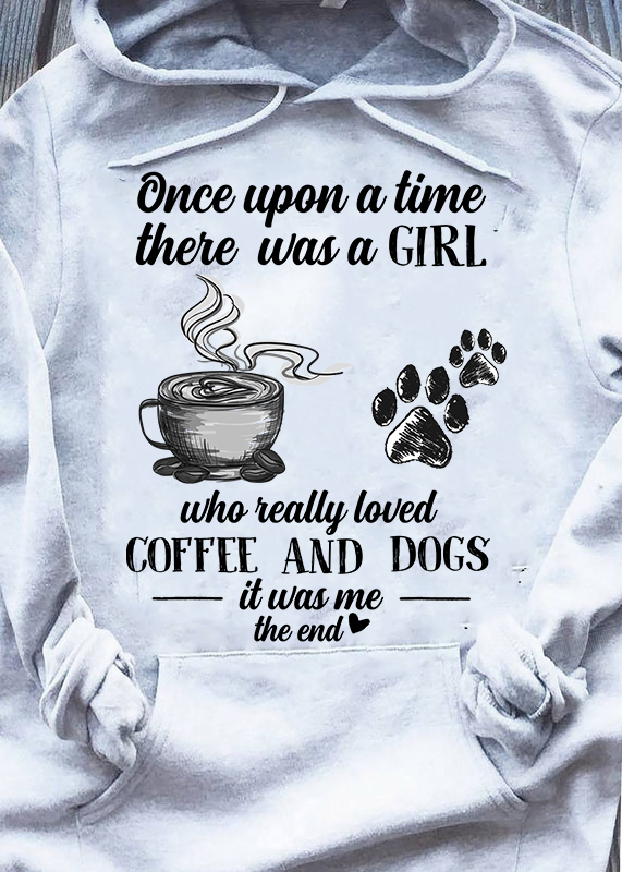 Once upon a time there was a girl who really loved coffee and dogs Men T-Shirt